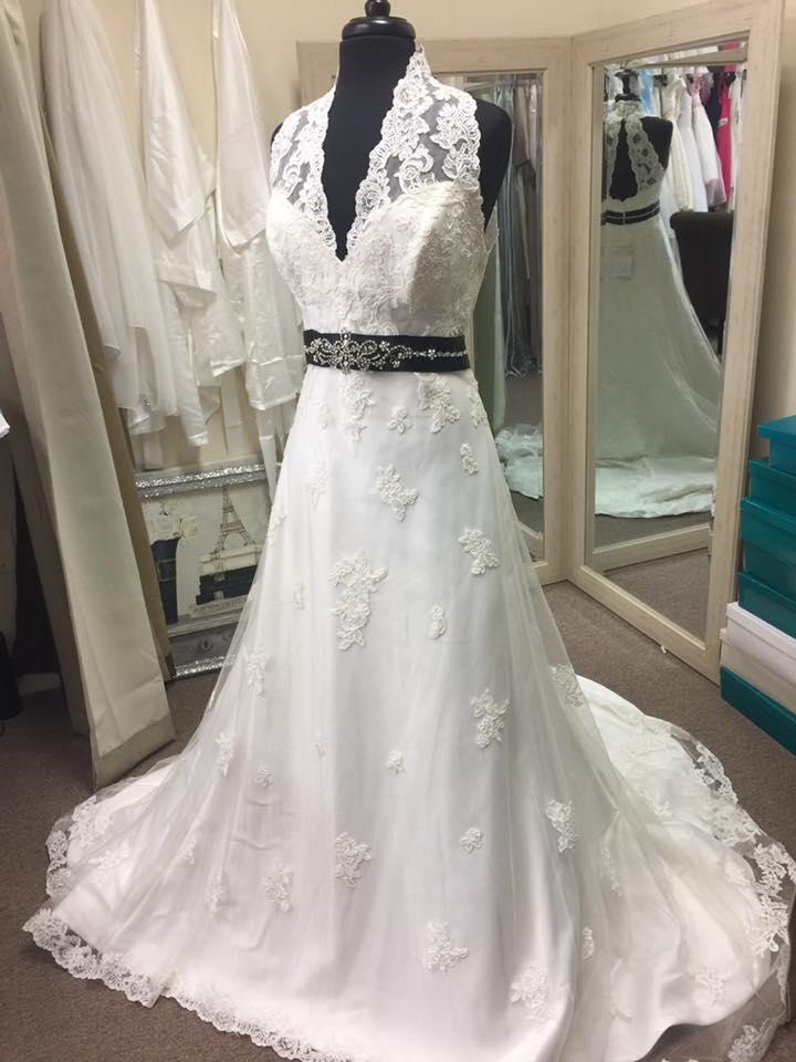 Mon Cheri, Vintage Lace, Light Ivory, Wedding Gown – Champagne ...